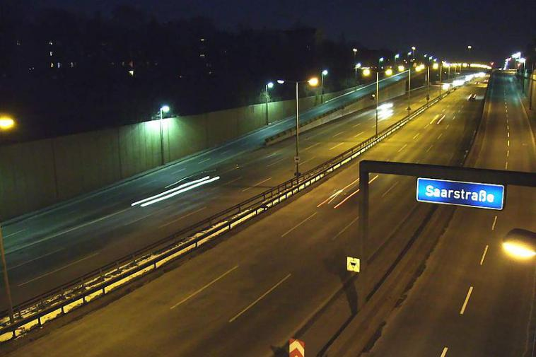 800px-autobahn_a103_berlin_saarstrasse